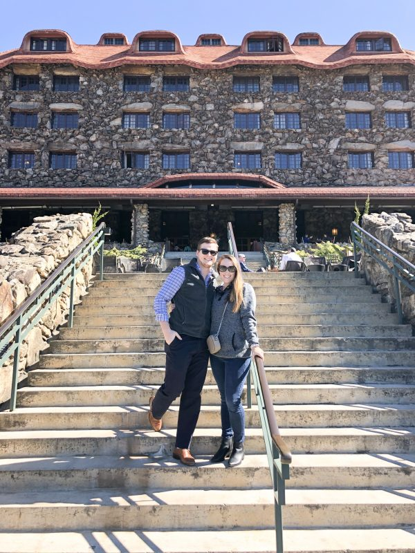 Travel Blogger, Alex from The Berger Bungalow, shares about her trip to the infamous spa resort in Asheville, The Omni Grove Park Inn.