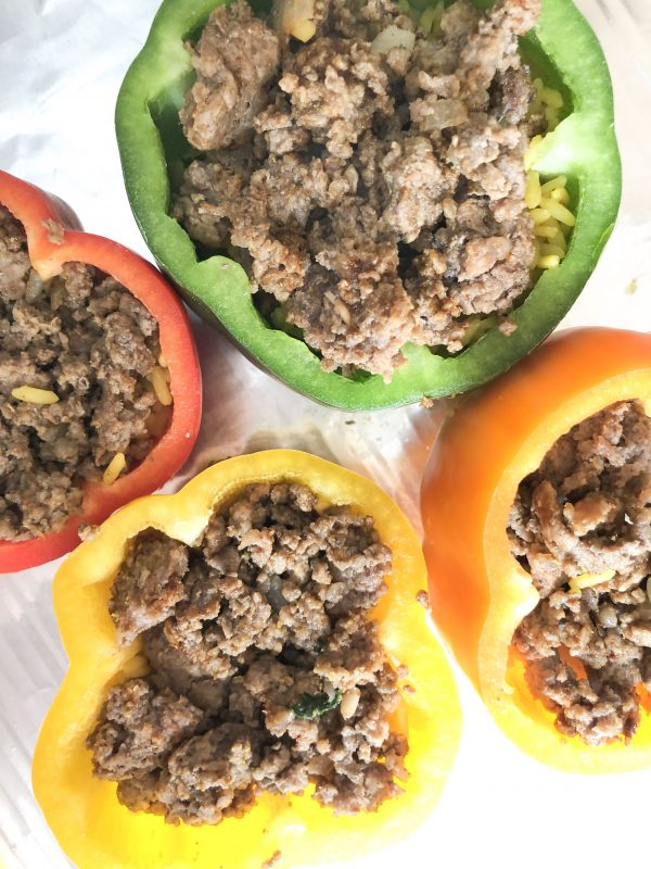 Atlanta blogger, Alex, from The Berger Bungalow shares the best stuffed pepper recipe. This is the perfect dish for meal prepping on the weekend.